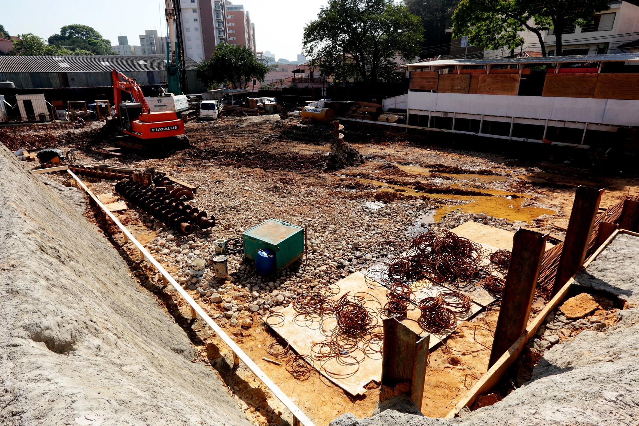 Início das obras | Cyrela 2014 The Year Edition – Apartamentono  Alto da Lapa - São Paulo - São Paulo