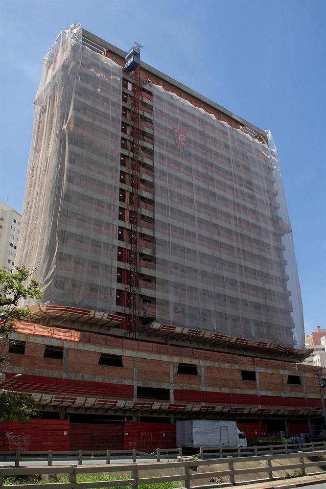 Acabamento Escritórios Design - Salas Comerciais no Cambuí - Campinas, SP