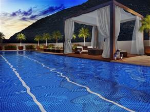 Perspectiva ilustrada da piscina com raia