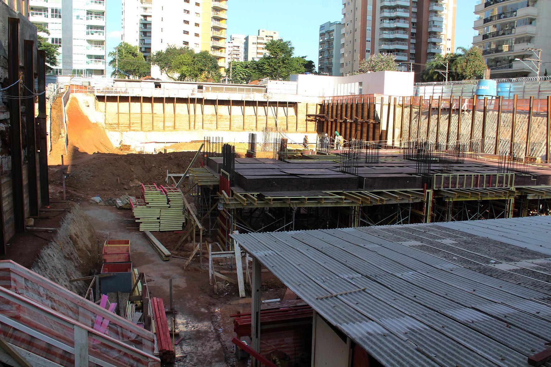 Fundação | Cyrela Essenza Moema – Apartamentoem  Moema - São Paulo - São Paulo