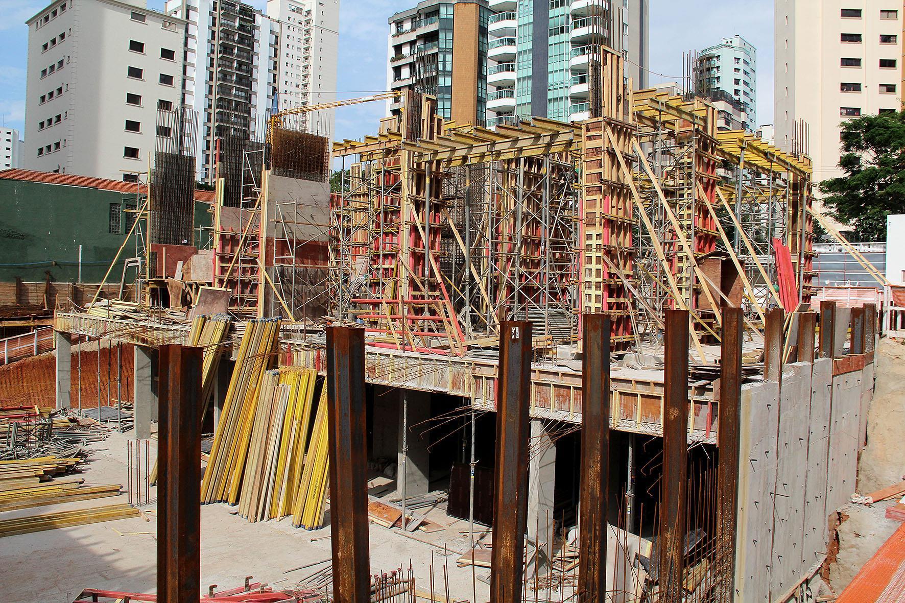 Fundação Cyrela Essenza Moema - Apartamento em Moema - São Paulo SP